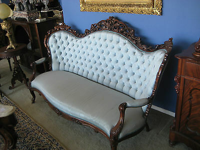VICTORIAN 19th CENTURY ROCOCO CARVED ROSEWOOD 3 PIECE PARLOR SET SOFA & 2 CHAIRS