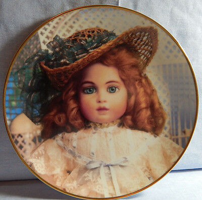 THE ANTIQUE DOLL FRANKLIN MINT HEIRLOOM COLLECTOR PLATE HANAU DOLL MUSEUM 1991