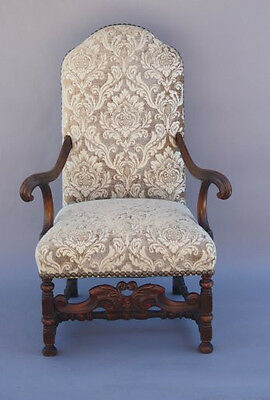 1920s Carved Walnut Antique Armchair Spanish Revival Chair Tudor Seat (7096)