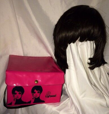 VINTAGE 1960's MOD CAROUSEL WIG & WIG BOX HOT PINK CARRY CASE OVER GROWN BOB WIG