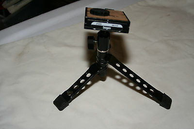 Bogen Portabale Tripod with 3270 quick release head