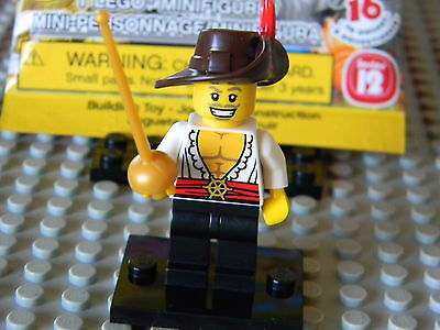 New Genuine LEGO Swashbuckler Minifig with Foil Series 12 71007