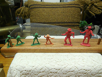 6 Plastic Cowboys from 1960's