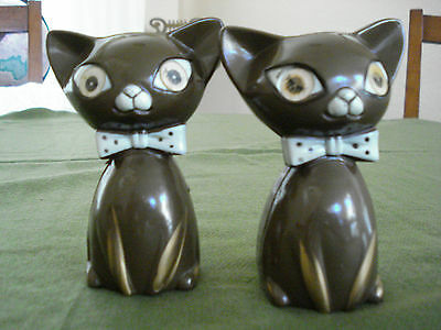 Vintage Siamese Cat Salt and Pepper Shakers with Blinking Eyes