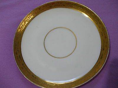 Royal Bavarian Hutschenreuther Selb Gold Encrusted 6 1/4 Inch Dessert Plate