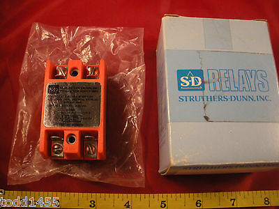 Struthers Dunn 8611-8H Solid State Relay S&D 86118H 10a 250 Vrms 47/70Hz 600v