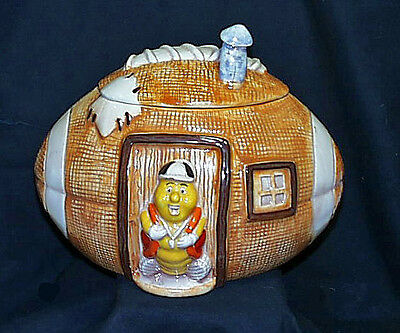 Rare 1983 David Kirschner Stoneware Football House With Coach Cookie Jar