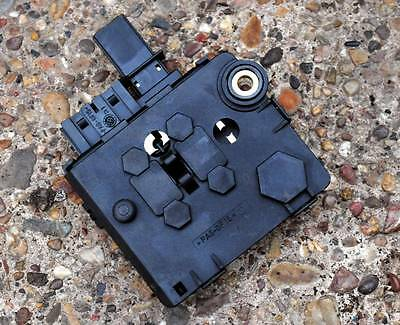 MERCEDES W220 S Class boot fuse box / junction box 0005401950