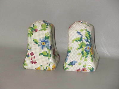 ROYAL WINTON - Queen Anne #2995 - SALT & PEPPER SHAKER SET No Stoppers - B18G