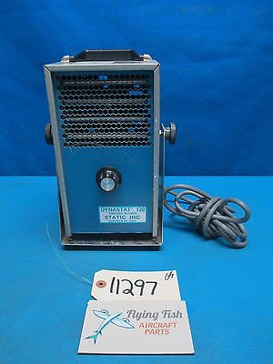 Static Inc Dynastat 120 Model III Ionizing Blowing w/ Stand 120V 60Hz (11297)