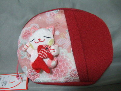 Chirimen Cosmetic purse Japanese Cat NEW red 2