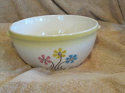 VINTAGE 1940'S HULL POTTERY CINDERELLA BOUGHET SERVING BOWL