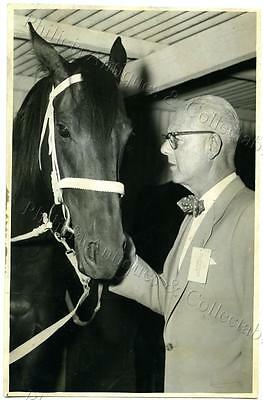 1956 Photo Jack Davey With His Race Horse 'hi-Ho' The Horse's Mouth Y6