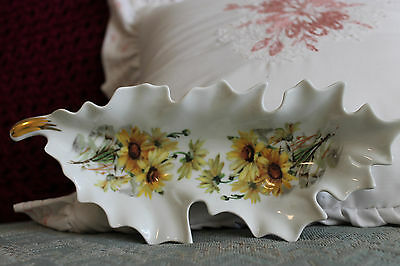 Leaf shaped dish embellished with daisy pattern by Mitterteich Bavaria Germany