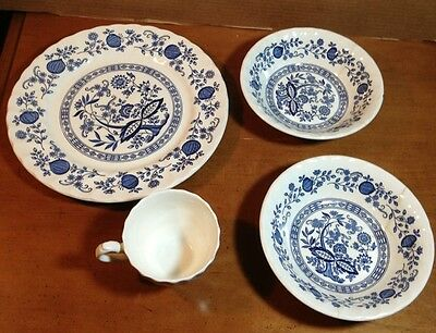 4pcs Myott Meakin Blue Onion Design At 2pcs Price made In England