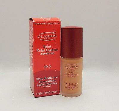CLARINS TRUE RADIANCE FOUNDATION OIL-FREE SHADE #10.5 -GOLDEN APRICOT 30ML (D)