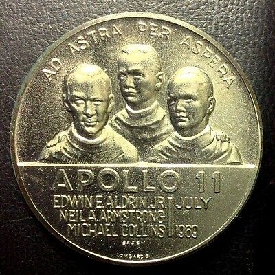 Apollo 11  July 1969  First On The Moon  White Metal 38 Mm  Unc.