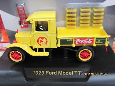 Coca-Cola Ford Model TT 1923  1:32 yellow Delivery Truck Bottles