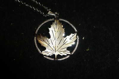 Sterling Silver .925  Maple Leaf Pendant & Chain Canadian Maple Leaf