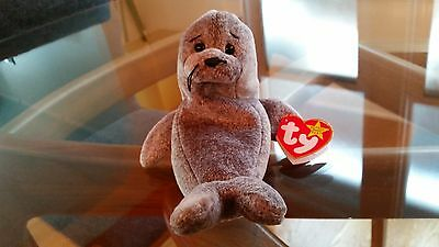 'Slippery' the Seal - Ty Beanie Baby - MINT - RETIRED