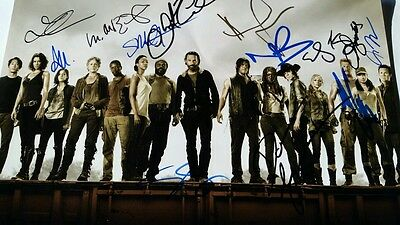 The Walking Dead Cast Signed 8x12 Photo With 13 Signatures!! PROOF