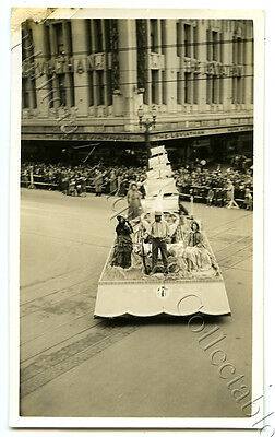 1934 Photo Centenary Of Victoria Float In Parade Leviathan Clothing Co X64