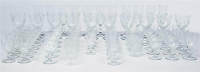 A FINE COLLECTION OF 1930's RIIHIMAKI SAVOY VINE ETCHED GLASSES