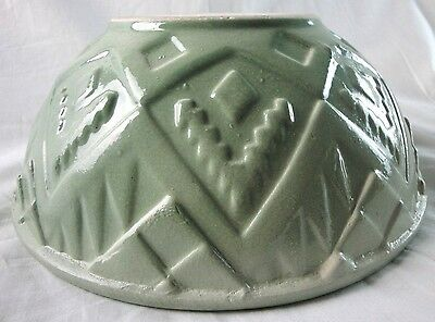 VINTAGE USA LARGE GREEN POTTERY BOWL with GEOMETRIC DESIGN (K1)