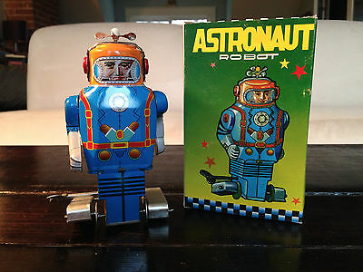 """Tin toy astronaut robot 6""""  Box Included"""