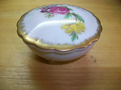 "Lefton China Hand Painted Trinket Dish 7162 Round 2 1/2"" with Lid"