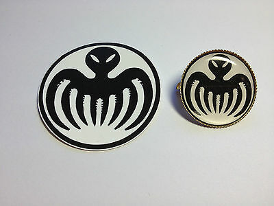 James Bond 007 Spectre S.p.e.c.t.r.e. Gold Plated Badge + Free Phone Sticker