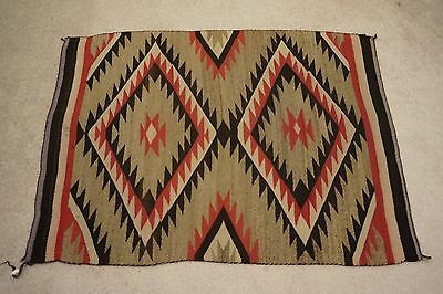 Beautiful Navajo Rug Weaving w Classic Eye Dazzler w Serrated Pattern Ca.1910