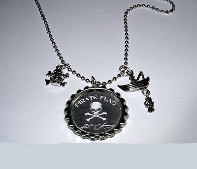 Kenny Chesney Pirate Flag Island Girl No Shoes Nation Tour Necklace Bottle Caps