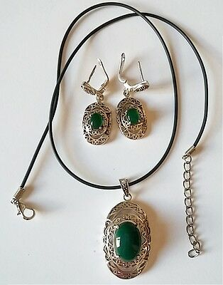 100% Natural Emerald Gem Stone 925 Sterling Silver Earring & Necklace Pendant