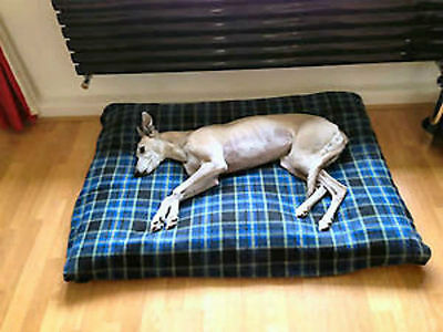 KosiPet® Large Deluxe Waterproof Fibre Bonded Pad Blue Check Fleece Dog Bed