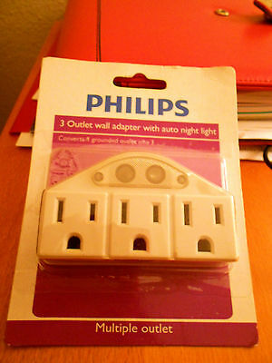 Power Multipler 3-Outlet -- for Wall Tap. NEW in Package By Phillips w/NiteLite