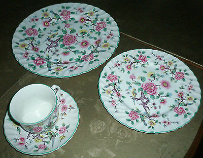 """Four Piece Setting Old Foley James Kent Ltd. Staffordshire """"Chinese Rose"""" China"""
