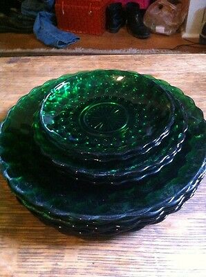 Anchor Hocking Green Bubble Pattern , 5 Dinner Plates, 3 sandwich and others