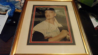 Roger Maris 8 x 10 Color Framed Autograph New York Yankees PSA / DNA