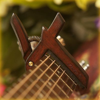 Wooden Guitar Capo - Flamed Bloodwood - WoodenK