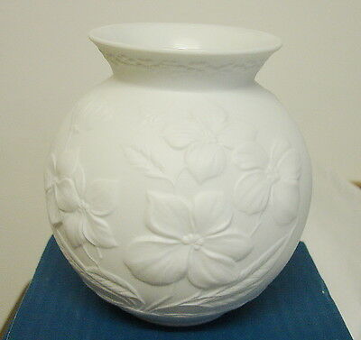 Vintage Kaiser White Vase Milano 0353 Embossed with flowers Made in Germany