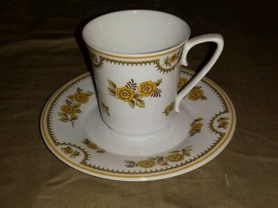 Spode Austen England Fine Bone China Y8190 Floral Tea Cup and Saucer Set