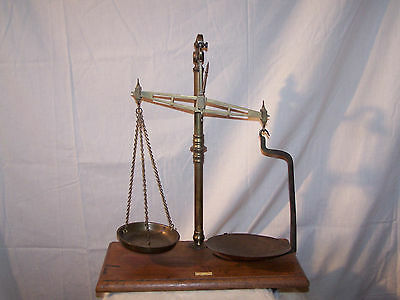RARE ANTIQUE ENGLISH  SCALE, Roberts & Clerkenwell, Londin