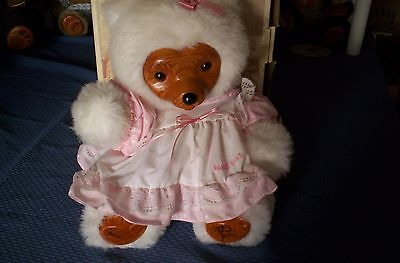 Robert Raikes Collectibles   1989 Mother's Day Bear  Annie