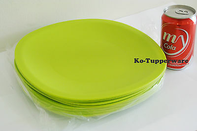 2 sets Tupperware Blossom Microwaveable plates green casual entertaining