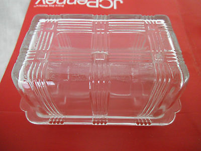Hazel Atlas Criss Cross Pattern 1 pound Covered Butter Dish in crystal