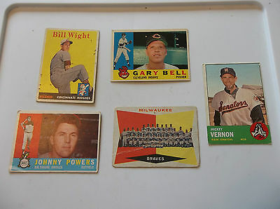 Lot of five 1958,1960,1963 Topps baseball commons fair to good condition