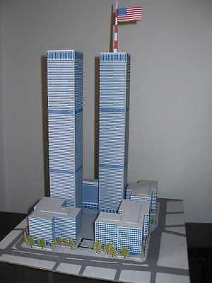 Modelik 18/05 -  World Trade Center     1:1000