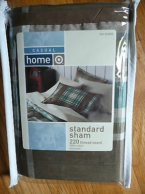Target Casual Home Standard 100% Cotton Pillow Sham 20 x 26 inch Green NEW