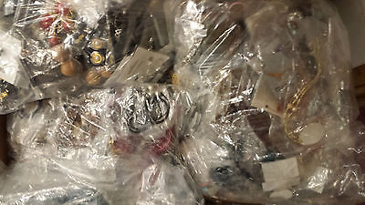 Wholesale Joblot 100 Carded Items Of Fashion Jewellery-Necklace/Bangle/Earrings!
